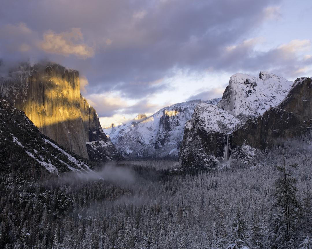 Winter Sunset at Tunnel View, Yosemite by Ida Gamban